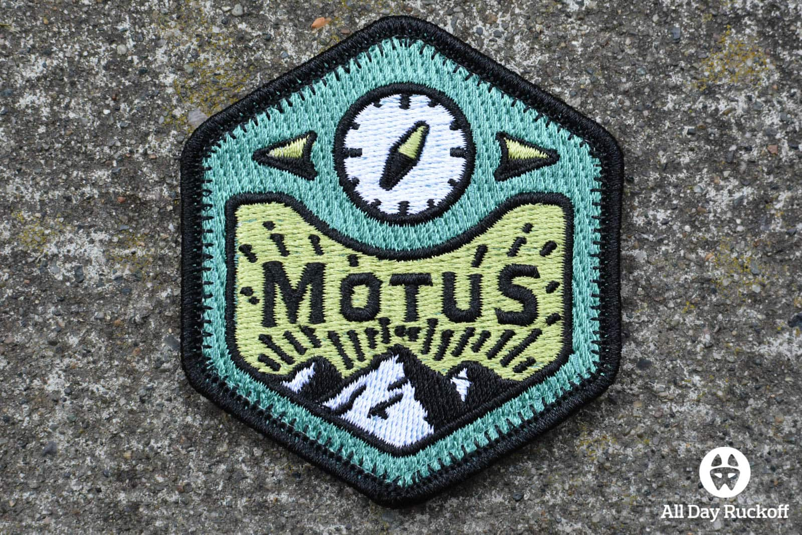 MOTUS Find Your Way Patch 3x2