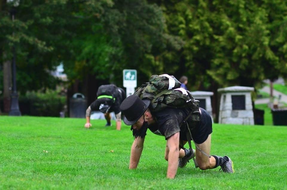 Bear-Crawl-Race