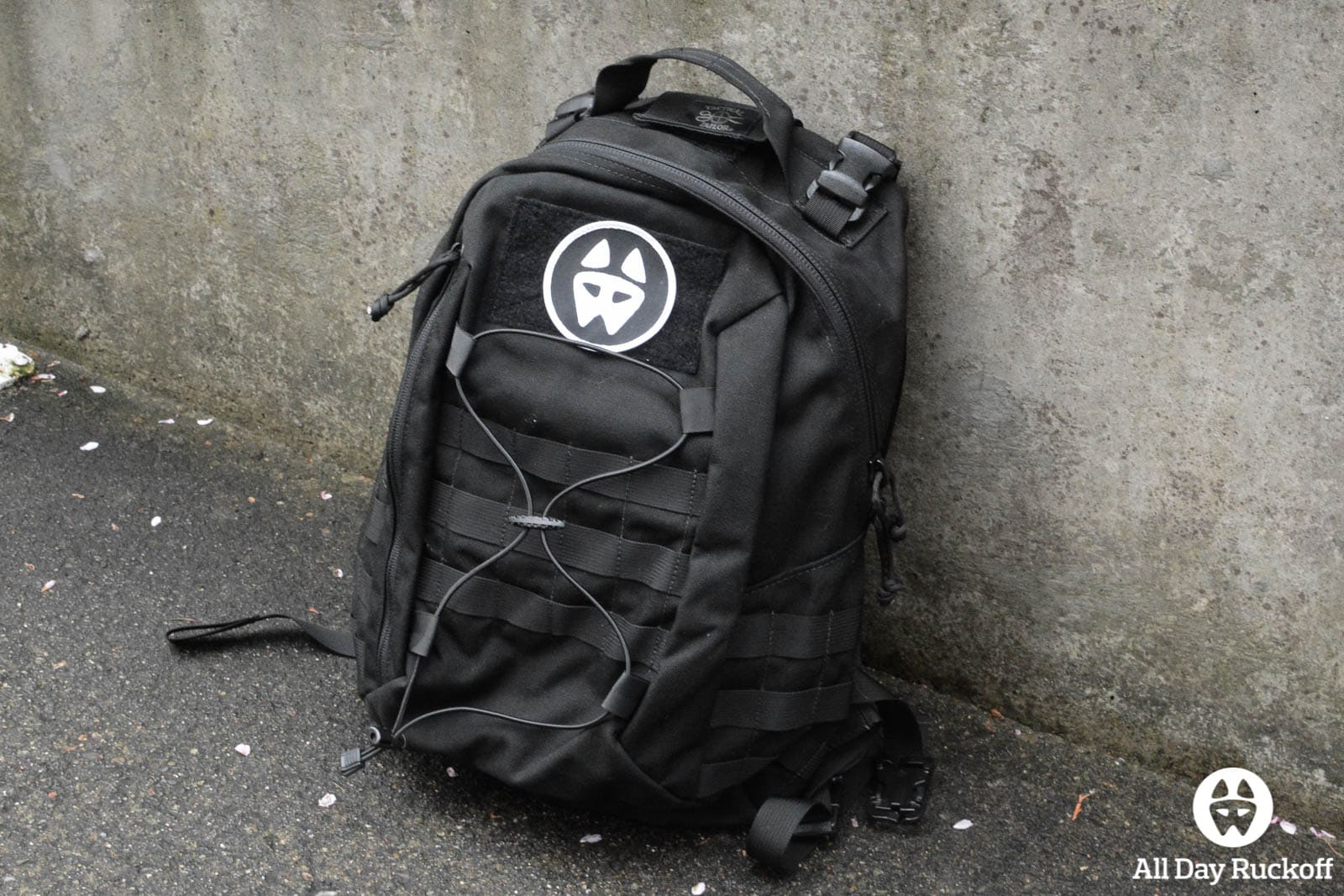 Tactical Tailor Removable Operator Pack - Front Side