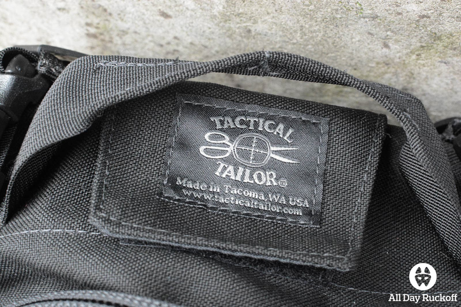 Tactical Tailor Removable Operator Pack - Logo