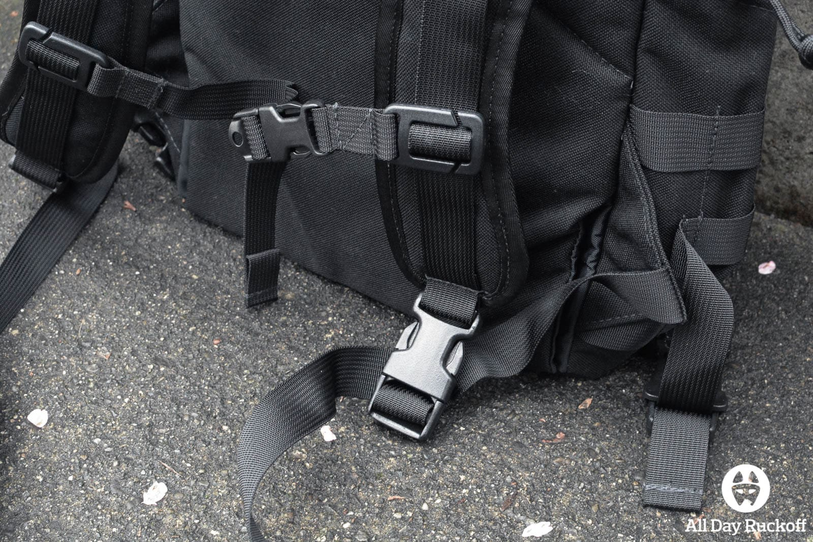 Tactical Tailor Removable Operator Pack - Shoulder Strap Bottom Buckle
