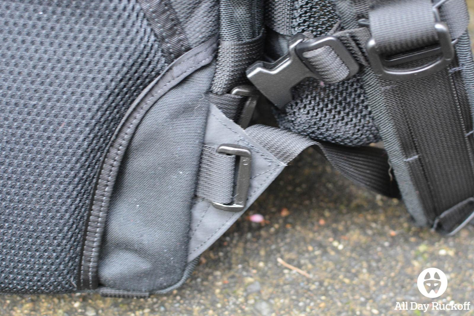 Triple Aught Design Litespeed Review - Stitching
