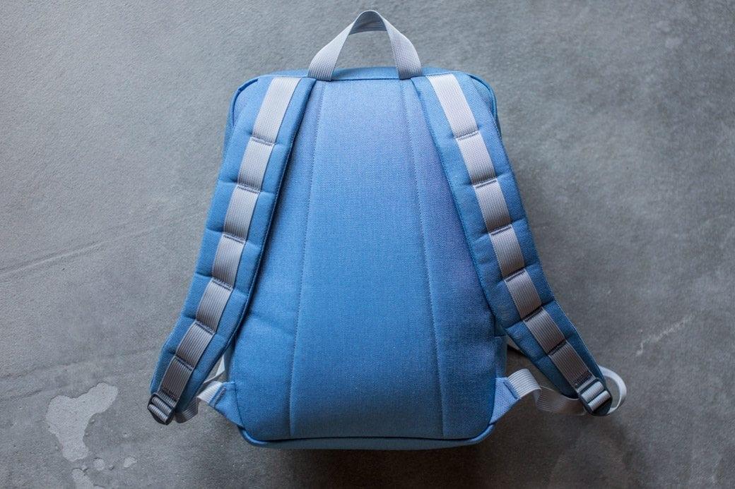 gr-kid-ruck-blue-silver-back