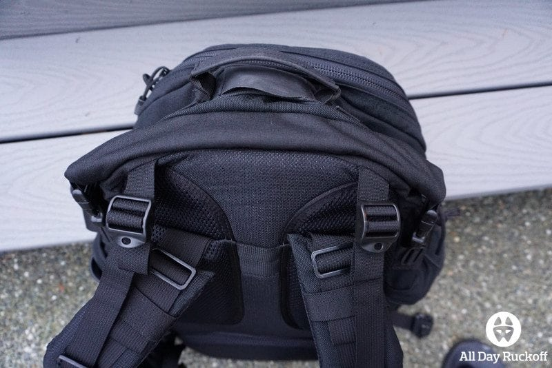 TAD FAST Pack EDC 2015 - Laptop Area 1