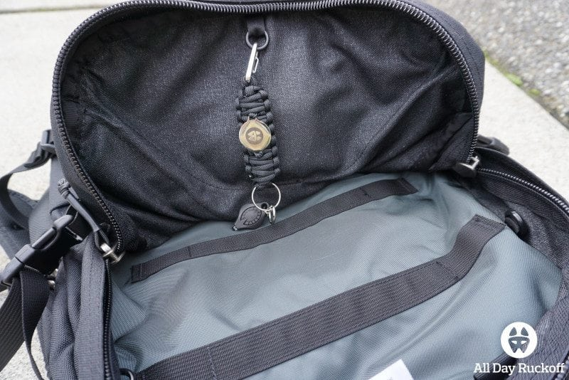 Tom Bihn Brain Bag - Clip Logo