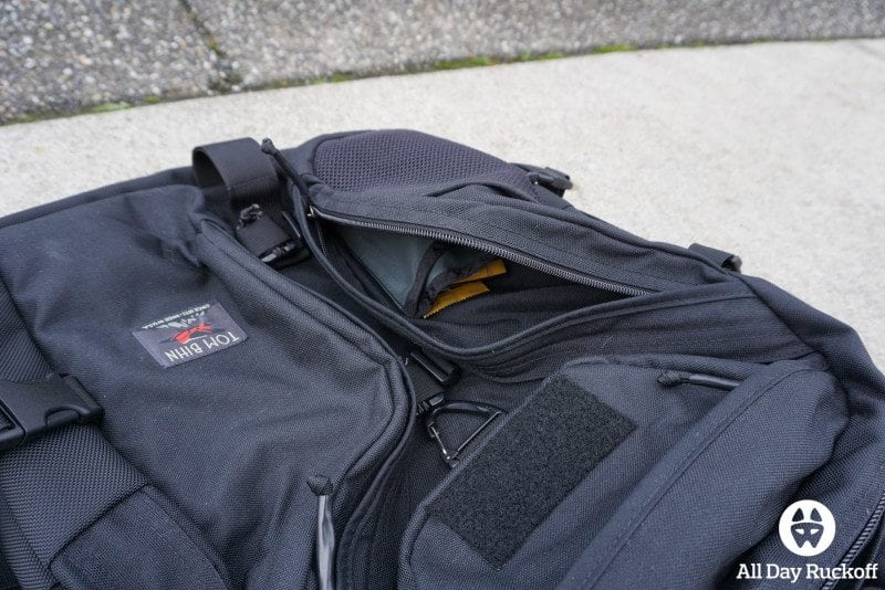 Tom Bihn Brain Bag - Pocket 2 Far