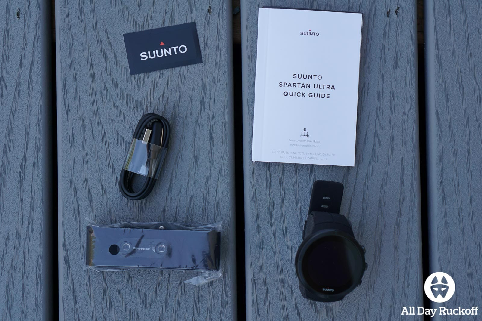 Suunto Spartan Ultra Titanium Black - Box Contents